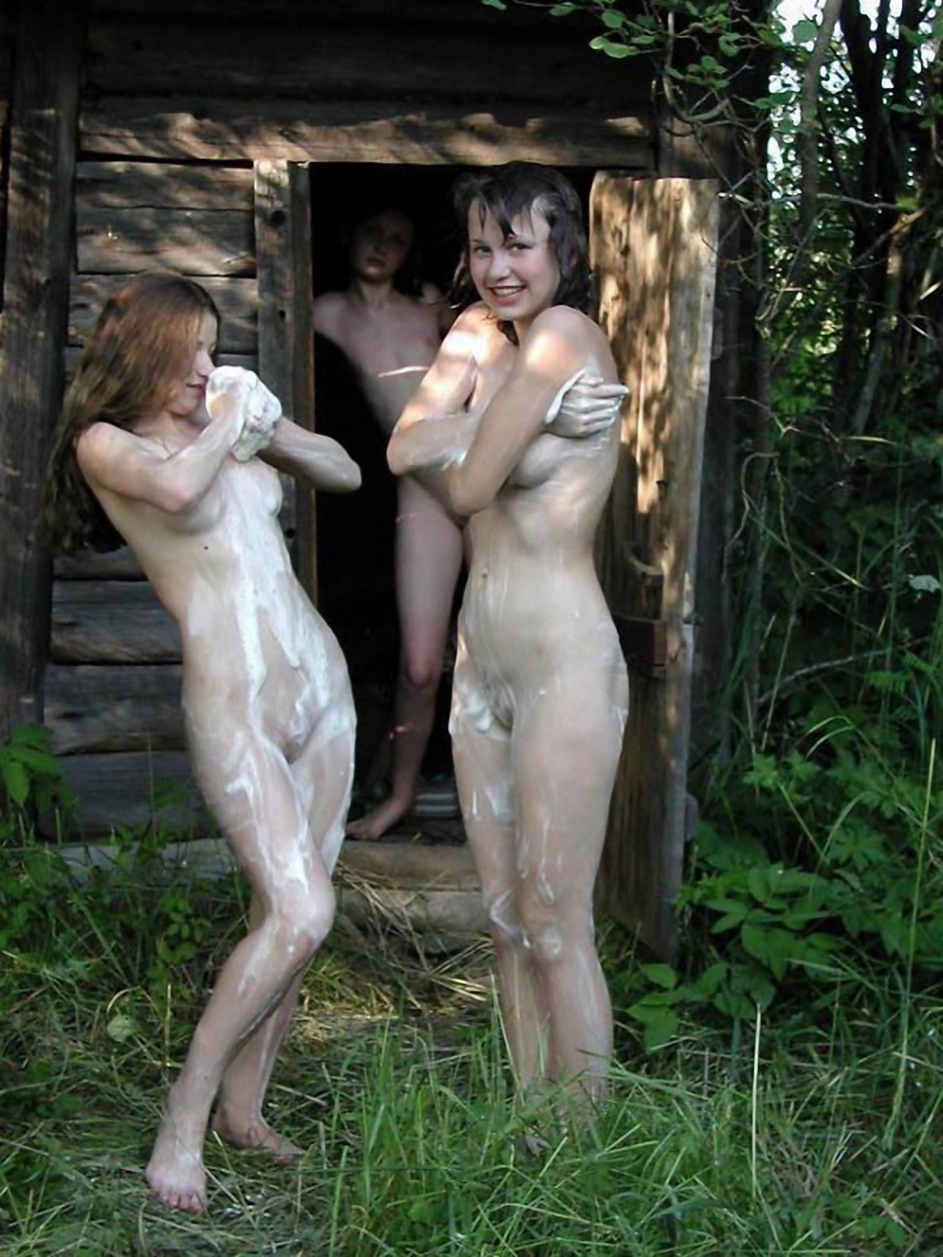 Фото девушки моются в бани 12 фотография